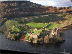 Urquart Castle3